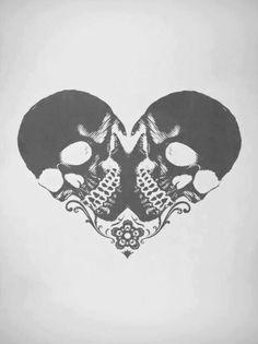 Skulls Heart