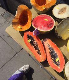 45 Ideas For Fruit Wallpaper Photography - Fruit Recipes - Food N, Food And Drink, Vegan Art, Vegan Food, Cake Vegan, Aesthetic Food, Aesthetic Photo, Love Food, Cravings