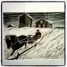 #artist  #taiteilija #MarttiYlävaara #linotyö #linotyöt #grafiikkaa #graafinen vuodelta 1983. Tunnelmia maaseudun köyhtymisestä ja köyhdyttämisestä.