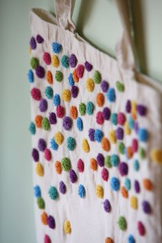 #embroidery #totebag #punchneedle   http://coracolores.blogspot.com.es/