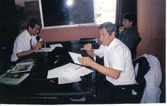 Haciendo Periodismo radial con Juan Medina Pasache.