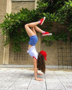 Red❤️#style #rhythmicgymnastics #dance #ballet #gymnastics #handstands