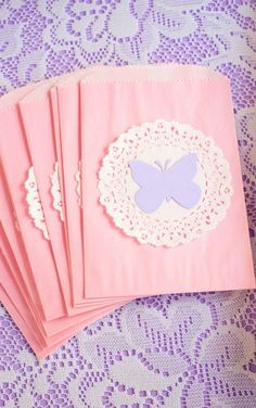 lavender-lace-butterfly-party-ideas-perfect-for-baby-shower-ideas-favor-bags - Copy Butterfly Garden Party, Butterfly Birthday Party, Butterfly Baby Shower, Fairy Birthday, Birthday Party Favors, First Birthday Parties, Butterfly Party Favors, Butterfly Bags, Birthday Ideas
