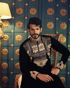 @chinyerepk bridal couture 2018  Featuring #mohsinali  Photography by @deeveesofficial  #mohsinali #fashion #models  #instame #instafashion #instastyle #trend #trendsetter #menwithstyle #menwithclass #luxuryhomes #millionairemindset #millionairelifestyle #entrepreneurlifestyle #entrepreneurlife  #motivational #l4l #doubletap #business #success #founder  #love #instamen #instastyle #classy #classic #instafashion #style - posted by M Mohsin Ali محمد محسن علي…