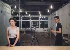 Picture for Women. Jeff Wall.  Con Un bar aux Folies Bergère de Manet como referente.  Jeff Wall habla de fotografía, de pintura, de las posibilidades e imposibilidades de ambas. Ver la obra de Jeff Wall es como hacer una clase de historia del arte.