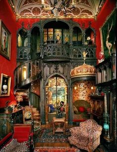 Steampunk - do you know this style and discover how to .- Steampunk – kennen Sie diesen Stil und entdecken Sie, wie Sie ihn in Ihr Interieur bringen können Steampunk – know this style and discover how to get it into your interior - Gothic House, Victorian Gothic, Victorian Homes, Victorian Decor, Gothic Room, Dark Gothic, Gothic Architecture, Interior Architecture, Interior Design