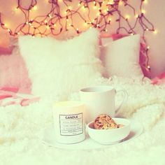 pastel-baby-doll:  cinnamondaisylife:  mazieh:  blushlily:  ♡blushlily♡  rosy blog xo  This is just perfect even down to the cookies   o