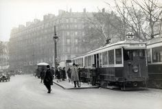 Street traffic in Paris in 1927 | by Stockholm Transport Museum Commons