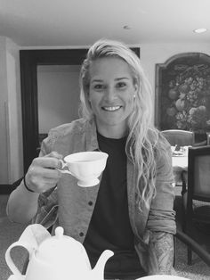 Ashlyn Harris -- Tea time today with the Engen's -- Sqor Sports