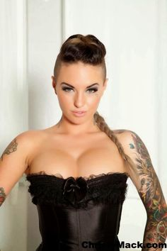 Christy mack and bonnie rotten