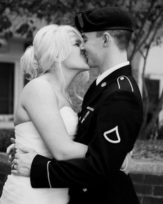 army wedding | Tumblr