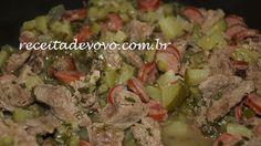 Picadinho de carne com chuchu http://www.receitadevovo.com.br/receitas/picadinho-de-carne-com-chuchu