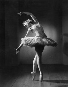 Margot Fonteyn | Gorgeous Vintage Photographs Of Ballet Dancers
