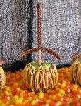 Lady Behind the Curtain » Candy Corn Caramel Apples