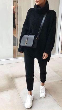 Mode femme casual, tenue confortable avec un panta. - Mode femme casual, tenue confortable avec un panta.<br> Please visit our website for Fashion Mode, Look Fashion, Trendy Fashion, Womens Fashion, Fashion Trends, Fashion Ideas, Trendy Style, Fashion Black, Fashion 2018