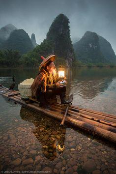 Fisherman in Guangxi province, China brt