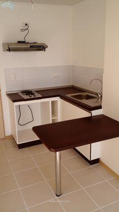 Very Minimalist Kitchen Set Ideas Small Apartment Kitchen, Condo Kitchen, Home Decor Kitchen, Kitchen Furniture, Kitchen Interior, Townhouse Interior, Freestanding Kitchen, Industrial Style Kitchen, Best Kitchen Designs