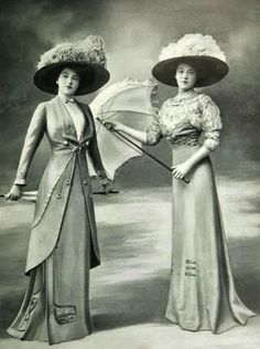 1909. Dressing for a day at the races.