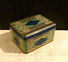 Vintage Biscuiterie Descombes French Biscuit Tin Box Art Deco Green Blue Graphic
