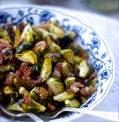 crispy oven roasted brussel sprouts with bacon, garlic and lemon