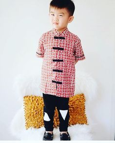 Those loafers! 👌 💙 Find these at @stylemybub -an awesome online boutique from the Gold Coast of Australia.  Decked out in shirt by: @madebymoms.id Follow us for the latest in Boy's Style, Fashion, Trends, Talent: www.boysstylemagazine.com #boysfashion #designer #boysstylemag