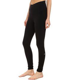 Alo Yoga High Waist Airbrush Leggings as seen on Jennifer Lopez Star Fashion, Girl Fashion, Red Jumpsuit, Black Suede Pumps, Celebs, Celebrities, Who What Wear, Black Leggings, Celebrity Style