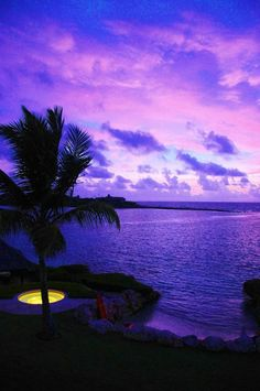 Sunset in Antigua. Beautiful Sky, Beautiful World, Beautiful Places, Beautiful Pictures, Dream Vacations, Vacation Spots, Portraits, Island Life, Places To See