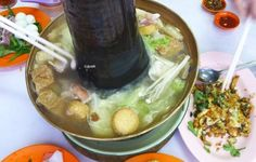Clear Chicken Soup from Goh Huat Seng   http://www.foodiehub.tv/fast-feasts/asia-pacific/Penang/review/Goh-Huat-Seng/Clear-Chicken-Soup/3968_3960