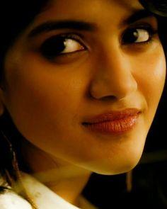 South Indian Actress Hot, Indian Actress Hot Pics, Indian Actresses, Beautiful Girl Photo, Beautiful Girl Indian, Beautiful Indian Actress, Megha Akash, Indian Eyes, Cute Girl Dresses