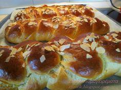 Greek Sweets, Greek Desserts, Greek Recipes, Sweet Buns, Sweet Pie, Cookbook Recipes, Cooking Recipes, Greek Easter, Easter Recipes