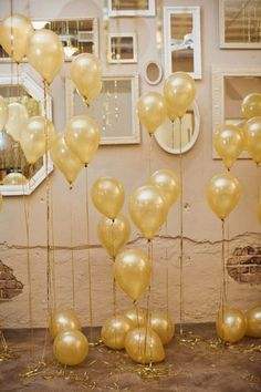 Gold Balloons - Wedding look