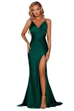 Dark Green Prom Dresses, Tight Prom Dresses, Pretty Prom Dresses, Ball Dresses, Form Fitting Prom Dresses, Dresses With Slits, Posh Dresses, Fitted Dresses, Dress Prom