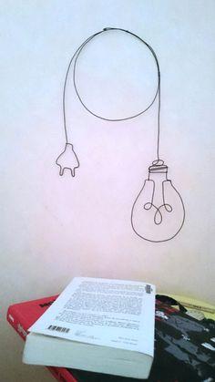 Lampe baladeuse en fil de fer la decoration murale tendance