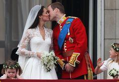 Zó ziet het bloemenmeisje van William en Kate's bruiloft er nu uit