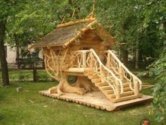 Creative tree house ♥ Chicken Coop Designs, Chicken Coops, Chicken Houses, Fancy Chicken Coop, Wild Chicken, Cubby Houses, Play Houses, Wood Projects, Woodworking Projects