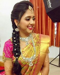 44 ideas for hair styles wedding indian hairdos – - DIY Frisuren South Indian Wedding Hairstyles, Bridal Hairstyle Indian Wedding, South Indian Bride Hairstyle, Bridal Hair Buns, Bridal Hairdo, Wedding Updo, Boho Wedding, Saree Hairstyles, Bride Hairstyles