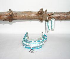 Bracelet manchette liberty de lawn bleu turquoise, suédine et cuir et ses boucles d'oreille assorties : Parure par melija