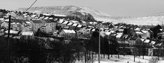 Merthyr Tydfil Springtime #dailyshoot #leshaines  One of the last pictures of the late winter was driving past Merthyr in Wales and always wanted to take this shot. Inspired by the great photographer Denis Thorpe I always look to foreshorten the image and shoot in monochrome. As always with urban snapshots have to deal with overhead cables and phone lines but I always choose to leave them in. In the end I always like the composition of these shots. Cropped slightly.