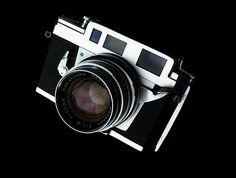 Konica IIIa rangefinder camera