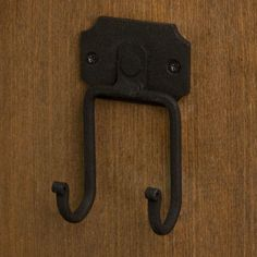 Hand-Forged Rustic Country Double Hook In Black Powder Coat Home Decor Rustic Country, Rustic Decor, Rustic Cottage, Western Decor, Rustic Wall Hooks, Western Homes, Rustic Charm, Hardware, Silver Earrings