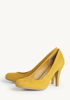 """Purple dress, """"gold"""" shoes. Football season done right. :) Lucianna Pumps In Mustard at #Ruche @Ruche"""