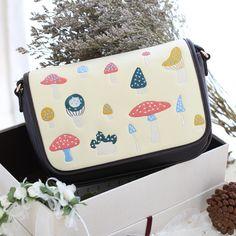 Alice In Wonderland Mushroom Forest Handbag