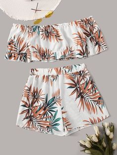 Product name: Tropical Print Off Shoulder Top With Shorts at SHEIN, Category: Two-piece Outfits Cute Girl Outfits, Cute Casual Outfits, Cute Summer Outfits, Outfits For Teens, Two Piece Jumpsuit, Girls Fashion Clothes, Summer Fashion Outfits, Girl Fashion, Stylish Clothes