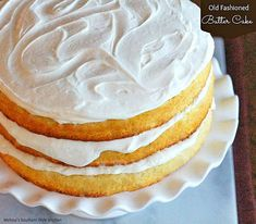 For years people have been in search of the perfect yellow cake. I've heard them called, Old Fashioned Butter Cake, plain cake, yellow cake or cake. They're all slight variations of the same cake. (Old Fashioned Butter Cake) Homemade Butter, Homemade Cakes, Köstliche Desserts, Delicious Desserts, Old Fashioned Butter Cake Recipe, Cake Recipes, Dessert Recipes, Juice Recipes, Yummy Recipes