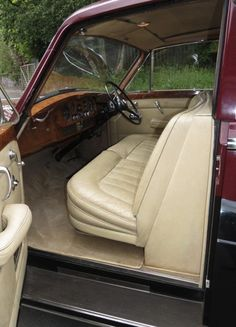 1963 Limousine by James Young (chassis 5VA77, design PV15)
