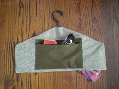 Picture of Make a travel pocket