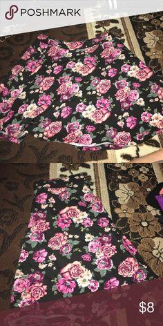 Floral skater skirt Floral print flowy skater skirt Charlotte Russe Skirts Mini