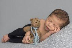 ensaio newborn, menino, newborn niterói, newborn em casa em niterói, newborn rj, pose sonequinha, ursinho