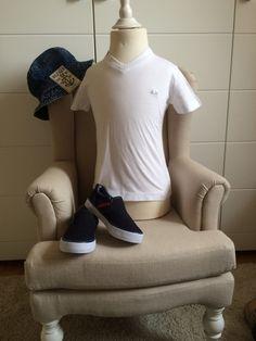 Mein SUN68 Stretch T-Shirt weiß Gr.2 Neu von SUN68! Größe 92 für 13,00 €. Schau´s dir an: http://www.mamikreisel.de/kleidung-fur-jungs/kurzarmelige-t-shirts/15790773-sun68-stretch-t-shirt-weiss-gr2-neu.