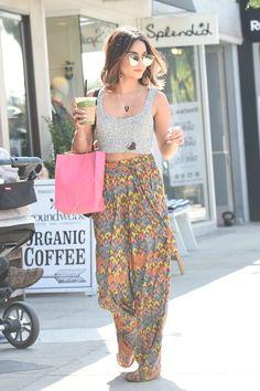 Love the idea of the high waist skirt with a shorter top.